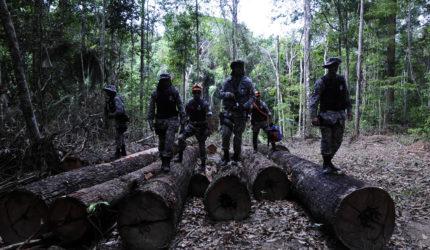 Governador envia polícia para proteger território indígena