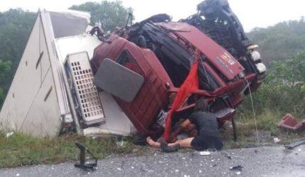 Tragédia: grave acidente na BR 402 deixa várias pessoas mortas