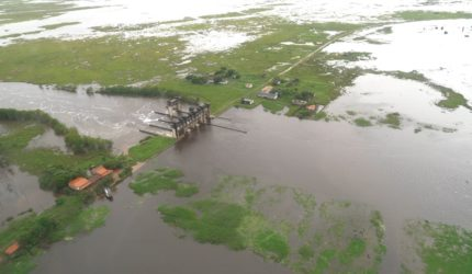 Oito dias depois, barragem rompida em Pinheiro segue sem reparo ideal