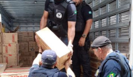 Polícia apreende R$ 1 milhão em carga de café e leite roubados