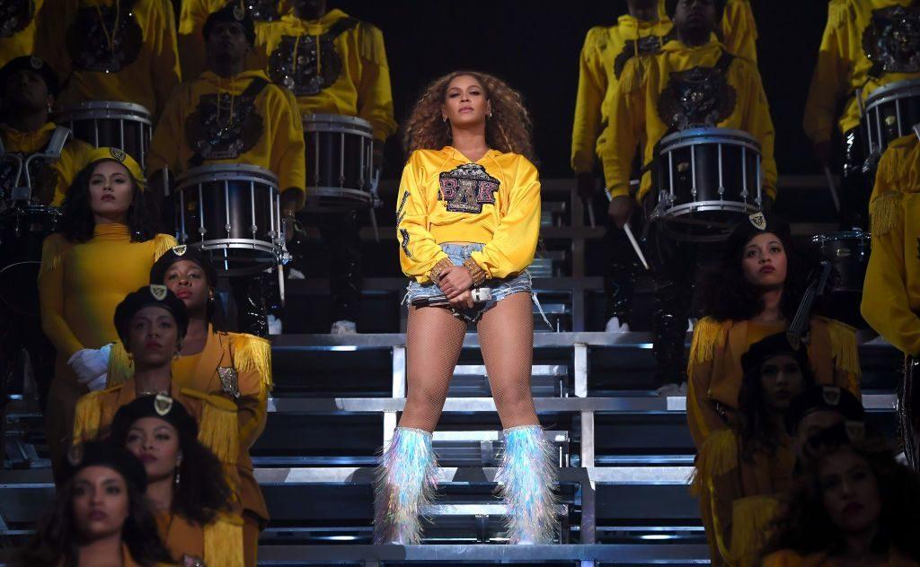Beyoncé Novo álbum E Documentário Sobre A Cantora Chegam às