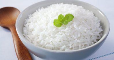 3 receitas para fazer com sobras de arroz