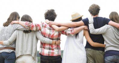 Dia do Abraço: o desafio de viver sem ele