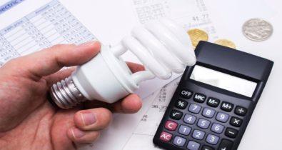 Débitos de energia podem ser parcelados no cartão de crédito
