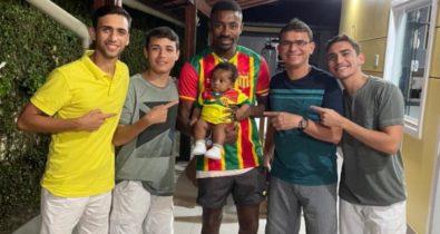 Astro marfinense visita São Luís de férias