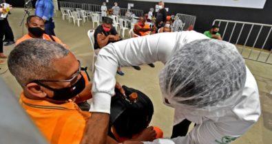 Vacinação de rodoviários e agentes de limpeza segue nesta sexta e sábado em São Luís