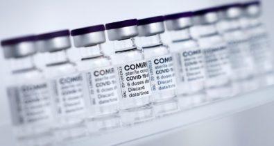 Brasil recebe terceiro lote de vacinas da Pfizer na semana