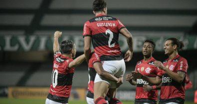 Flamengo estreia com vitória e Atlético-MG elimina Remo