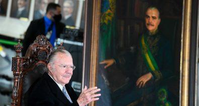 Presidência do Senado presta homenagem aos 90 anos de José Sarney