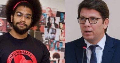 """Mario Frias é acusado de racismo após sugerir """"banho"""" a historiador negro"""
