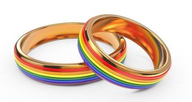 Igreja protestante celebra primeiro casamento de pastoras lésbicas