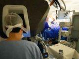 Primeira cirurgia para diabetes com uso de robôs no mundo é feita no Brasil