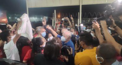 Ex-presidente Lula chega a São Luís