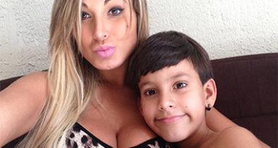 Andressa Urach polemiza sobre nome do filho: 'Queria que fosse Bolsonaro'