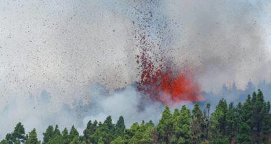 Vulcão das Ilhas Canárias entra em erupção
