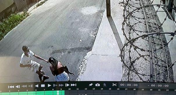 VÍDEO: Mulher é assaltada à luz do dia em São Luís