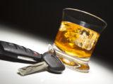 Menor embriagado é abordado conduzindo moto com 3 pessoas