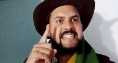 Zé Trovão se entrega à Polícia Federal após dois meses foragido
