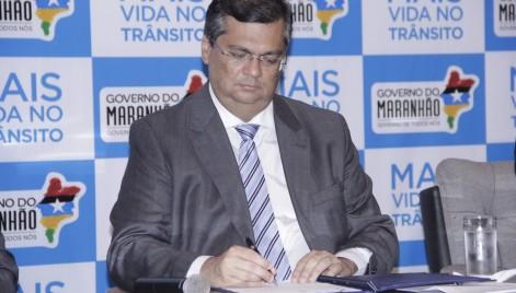 Governador Flávio Dino assina projeto de lei Moto Legal, para regularização de motociclistas