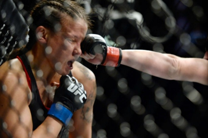 Parceira de Ronda Rousey, Shayna Baszler foi demitida depois de duas derrotas consecutivas no UFC
