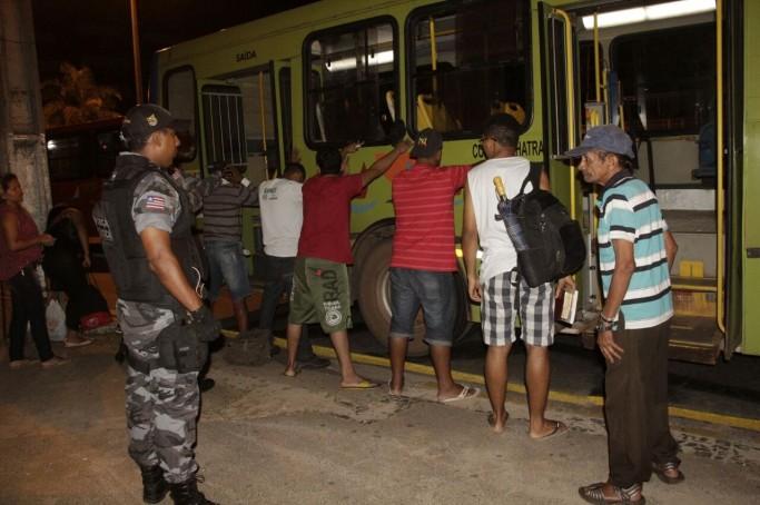 PM realiza Operação Catraca e monta barreiras em São Luís