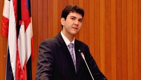 Eduardo Braide (PMN) , Projeto de lei prevê multa para porte de arma branca no estado