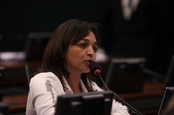 Eliziane Gama
