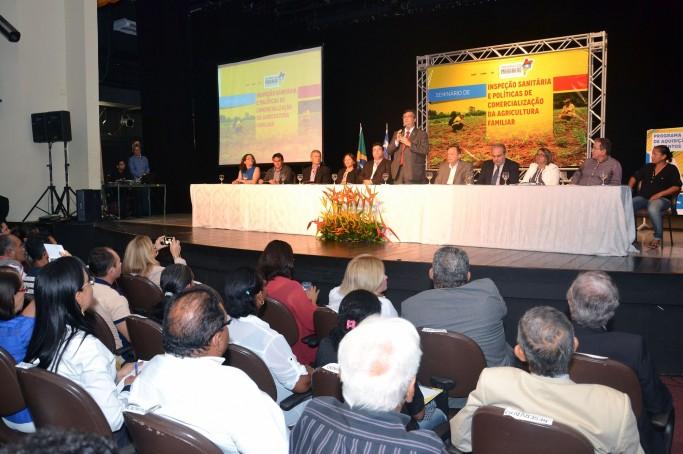 Governador Flávio Dino lança Programa de Compras para produtos da Agricultura e anuncia seletivo para técnicos