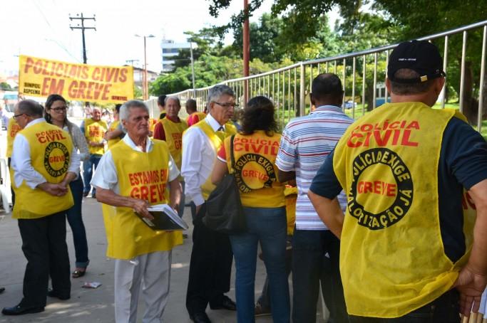 Policiais civis deflagram greve nesta segunda-feira com concentração no Plantão do Bom Menino