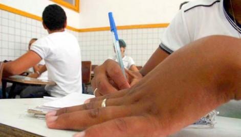 Apesas 97% dos alunos cadastrados no programa Bolsa Família frequentam regularmente as salas de aula