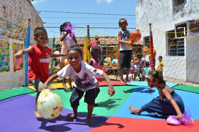 Estudantes Participam De Atividades Lúdicas Alusivas Ao Dia Das