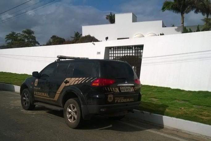 Busca e apreensão na residência do ex-deputado estadual Ricardo Murad, no Olho dÁgua, em São Luís