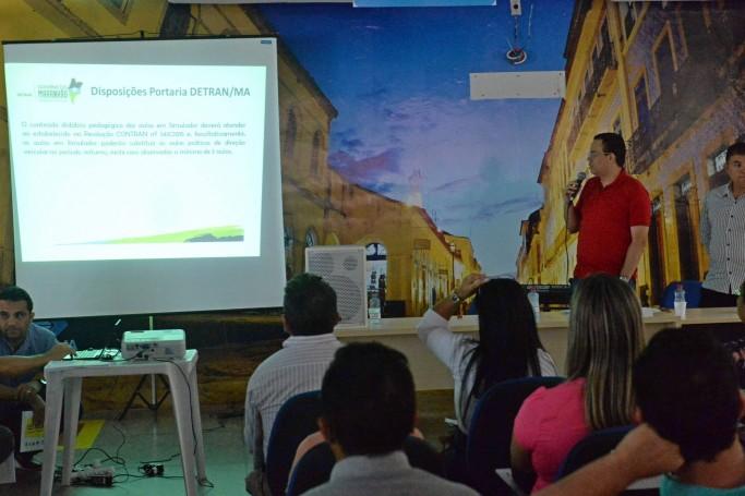 Detran-MA esclarece dúvidas sobre uso de simuladores durante Audiência Pública