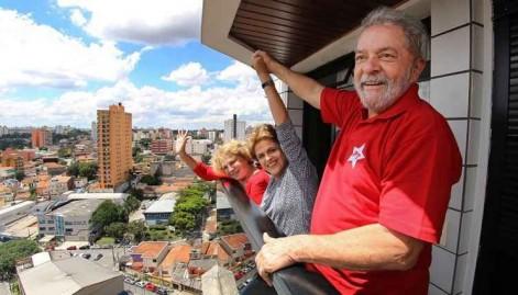 Encontro entre Dilma e Lula