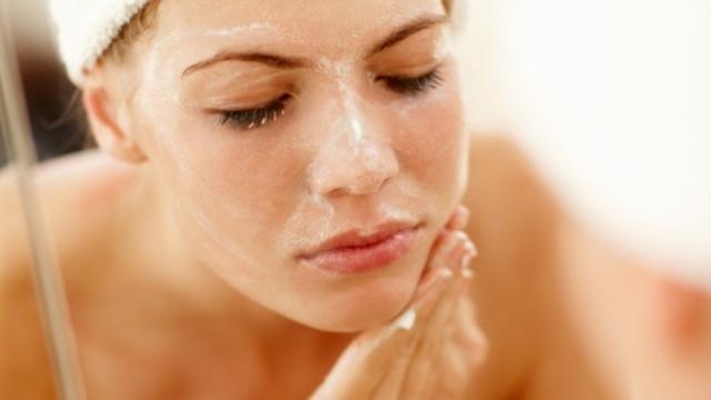 Produtos naturais são muitas vezes mais baratos e eficientes que cosméticos.
