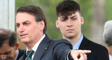 Renan Bolsonaro será denunciado por ameaças contra a CPI da Covid